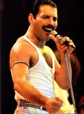 Un doble de Freddie Mercury causa furor en Internet