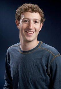 Denuncian a Facebook