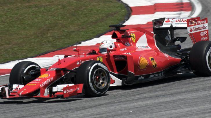 """Vettel: """"El coche eléctrico es la energía equivocada, es caro y no es tan limpio"""""""