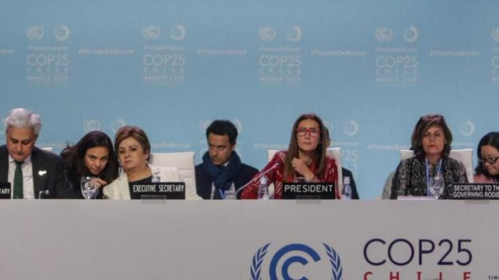 La Cumbre del Clima más larga acuerda 'más ambición' para reducir emisiones en 2020