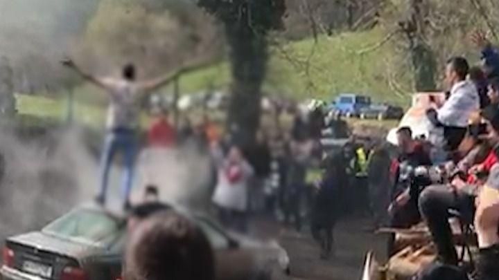 La Guardia Civil investiga por conducción temeraria a un joven espectador de un rally asturiano