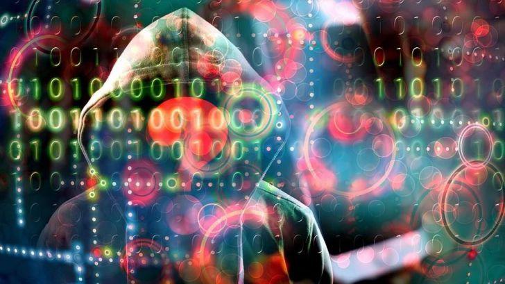 94 detenidos por 'vampirizar' los móviles de usuarios para robarles el dinero del banco