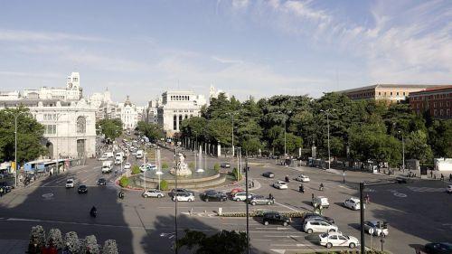 Principales efectos de la crisis de la COVID–19 sobre la calidad del aire urbano en España