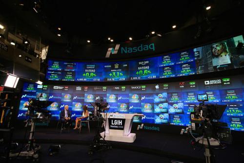 NASDAQ sucumbe a las criptomonedas